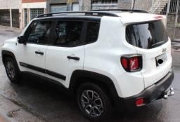 Título do anúncio: Jeep Renegade 2017 zerado Long. - 1.8 16V - impecável