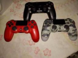 Título do anúncio: Controles PS4 vendo ou troco leia o anúncio