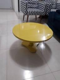 Título do anúncio: Mesa de centro amarela