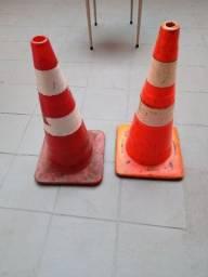Título do anúncio: 02 Cones de sinalização 70 cm