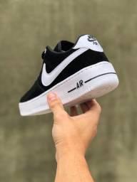 Título do anúncio: Tênis Nike Air Force 1 '07<br><br>