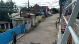 Alugo casa 3 Q Olinda 700,00