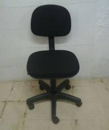 Cadeira Giratória secretária espuma injetada