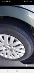 Troco  por 14 ou 15 de liga leve vw com pneus bons dou volta em dinheiro.