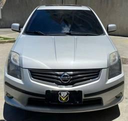 Nissan Sentra SL 2.0 c/ teto solar(GNV) $32.900 Financiado + Entrada