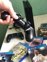 Título do anúncio: PlayStation 4 500GB 2 Controles ACEITA CARTÃO 12X