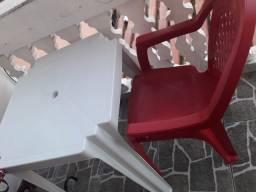 Título do anúncio: Mesa e Cadeira Plática