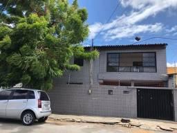 Título do anúncio: Casa para venda com 363 metros quadrados com 7 quartos em Vila Ellery - Fortaleza - CE