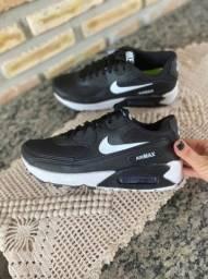 Título do anúncio: Tenis Nike Airmax