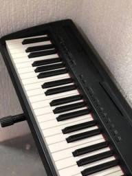 Título do anúncio: Piano elétrico Yamaha P-95