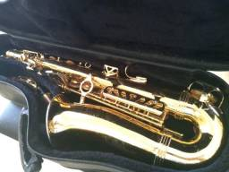 Saxofone Weril. Excelente som. Regulagem completa recentemente