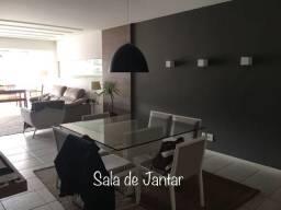 Excelente apartamento com 4 quartos montado na Praia da Costa