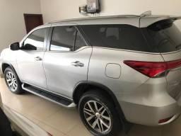 Toyota Hilux - 2017