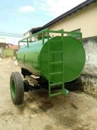 Reboque Tanque