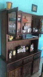 Vendo mesa e cristaleira de madeira