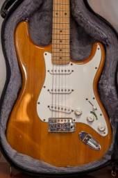 Guitarra Fender Square California em Òtimo estado + Case+ pedestal