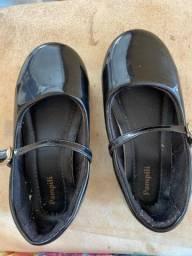 Sapato social de menina
