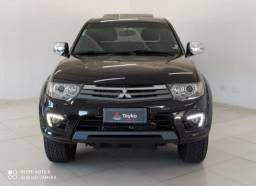 L200 Triton 4X4 AT V6 Flex 2015<br><br>