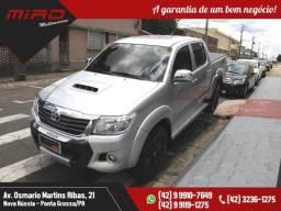 HILUX SRV 4X4 DIESEL COM CONTROLE DE TRACAO - 2014