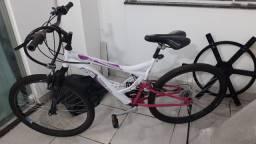 Bicicleta Aro 26 Houston Vivid Suspensão Dianteira e 21 Marchas<br>