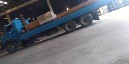 Caminhão MB 2013