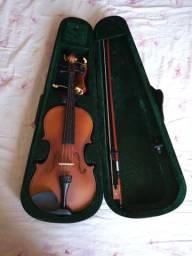 Violino marca Harmony, ainda novo, com case, completo, somente R$ 290,00!