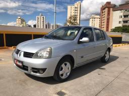 Clio Sedan Privilége 1.6 (flex)