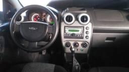 Fiesta Sedã class 2011 8v motor 1.6 Flex completo de tudo