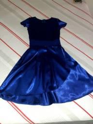 Vendo 2 vestidos semi novos de festa