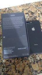 iPhone 8 plus traseira quebrada e placa danificada