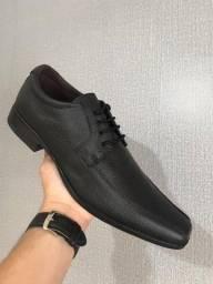 Título do anúncio: Sapato Social Preto Fivela