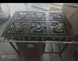 Fogão industrial com forno 6 bocas
