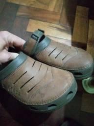 Crocs original tam 11 (42), pouco usado
