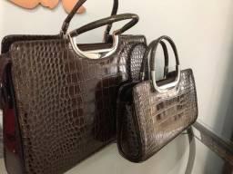 Título do anúncio: Bolsas couro sintetico com brilho