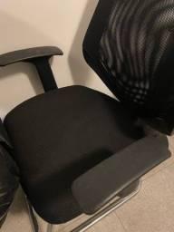 Título do anúncio: Vendo cadeira para escritório