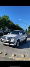 Toyota Hilux Sw4 SRV Blindado diesel 2015