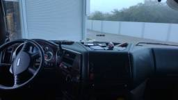 Caminhão DAF 510 6x4