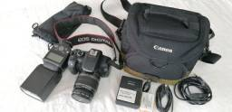 Título do anúncio: Câmara EOS Digital Canon 550D/Rebel T2i e flash externo