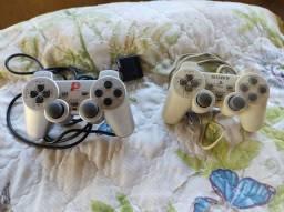 Título do anúncio: Controles Playstation 1 leia o anúncio