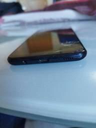 Samsung A30 64gb  funcionando c/ tela quebrada.