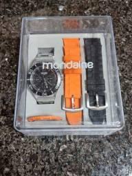 Título do anúncio: Vendo relógio Mondaine Unissex Troca pulseira analógico Multifunções