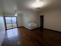 Apartamento completo em armários e ar condicionado em ótima localização!