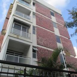 703 - Apartamento - 03Qts/01Suíte - 01 Vaga Coberta - Elevador -Boa Viagem