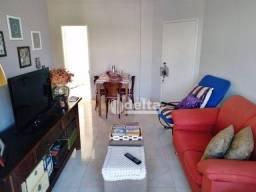 Apartamento com 3 dormitórios à venda, 70 m² por R$ 280.000 - Maracanã - Uberlândia/MG