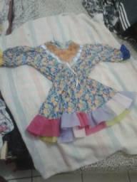 Vendo um vestido de quadrilha