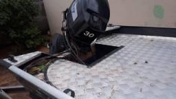 Lancha com volante, motor mariner 30hp, semi nova - 2013