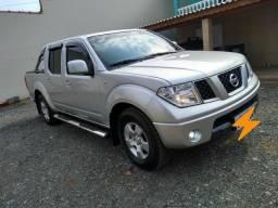Nissan Frontier único dono, super nova , carro Top - 2012