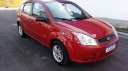 Fiesta 1.6 ano 2010 vermelho completoc/ar cond gelando $16.800.00 f * c/rs/ - 2010