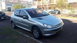 Peugeot/206 1.0 sensation completo 2005 prata - 2005