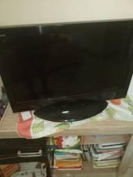 Vendo uma televisão de 32 polegadas Toshiba